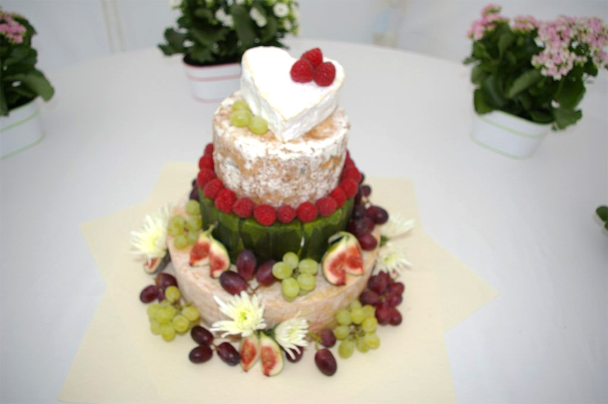 cheese-wedding-cake-img
