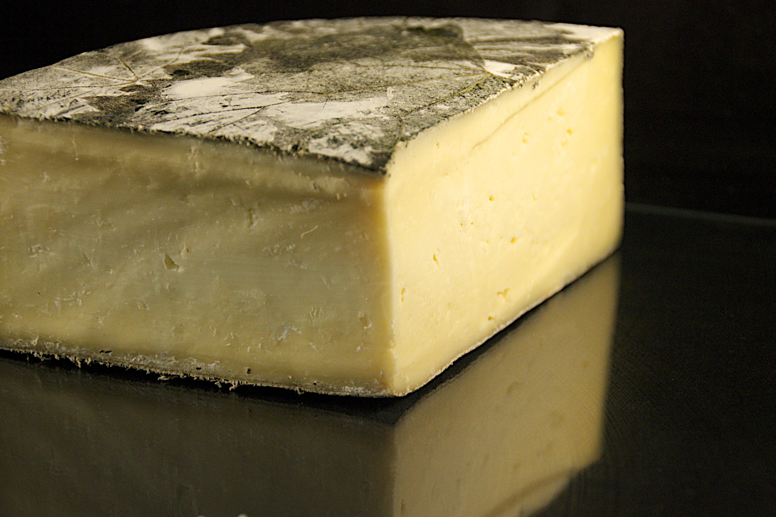Cornish Yarg Cheese