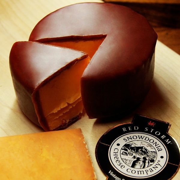 Red Storm Snowdonia Cheese Truckle