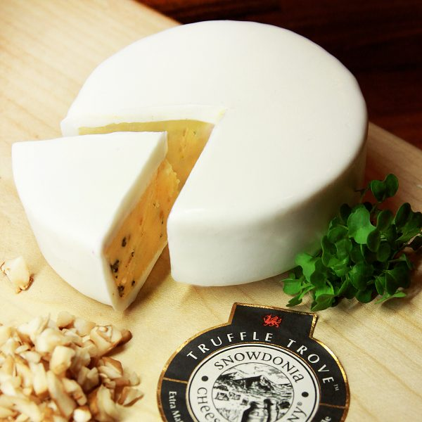 Truffle Snowdonia Cheese Truckle